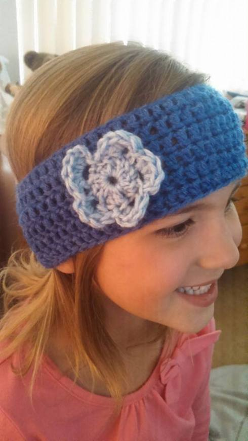 Headband on younger daughter