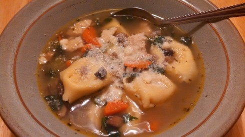 Chicken & Spinach Tortellini Soup